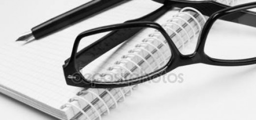 depositphotos_8042024-stock-photo-eyeglasses-and-pen-on-notepad
